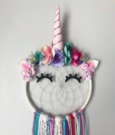 Unicorn Dreamcatcher Sleepy Unicorn Dreamcatcher Unicorn Eyelashes Unicorn Gift Magical Unicorn Birthday - pinupi love to share Party Unicorn, Diy Unicorn, Unicorn Rooms, Unicorn Bedroom, Unicorn Crafts, Unicorn Birthday Parties, Magical Unicorn, Birthday Diy, Diy Kids Room