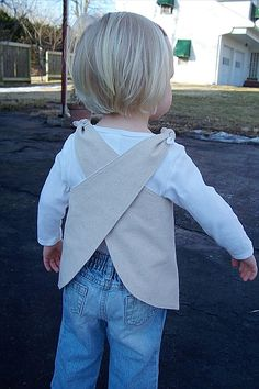 Child's smock apron - great idea :)