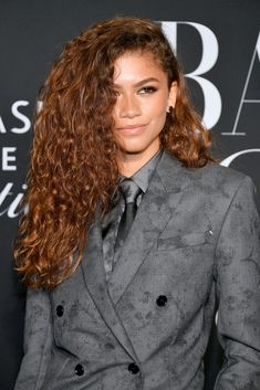 Zendaya Red Hair, Zendaya Makeup, Zendaya Outfits, Zendaya Style, Zendaya Model, Zendaya Coleman, Moda Zendaya, Spicy Ginger, Curly Hair Styles
