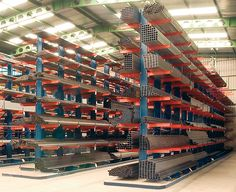 Quality Cantilever Racking System manufacturers & exporter - buy Long Goods Handling Cantilever Shelving For Timber , Pipe , Tube Storage from China manufacturer. Steel Storage Rack, Steel Racks, Garage Tool Storage, Workshop Storage, Warehouse Pallet Racking, Grill Gate Design, Cantilever Racks, Warehouse Shelving, Welding Shop