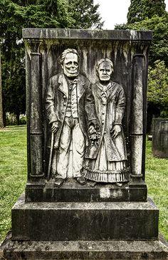 Cemeteries Ghosts Graveyards Spirit:  Lone Fir #Cemetery in Portland, Oregon, USA.