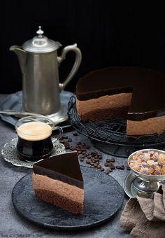Czekoladowy sernik z kawową galaretką