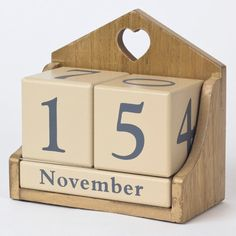 Wooden Perpetual Calendar | Only £4.99
