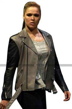 Ronda Rousey Hot, Ronda Jean Rousey, Wwe Female Wrestlers, Female Athletes, Black Biker Jacket, Leather Jacket, Ronda Rousey Wallpaper, Rowdy Ronda, Wwe Womens