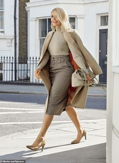 Holly Willoughby, has selected 25 pieces from the British retailer's winter collection as her 'Must-Haves'. The collection includes a checked dress and faux leather skirt, modelled by Holly. Casual Work Outfits, Work Attire, Work Casual, Classy Outfits, Fall Outfits, Formal Outfits, Nice Outfits, Smart Casual, Holly Willoughby Outfits