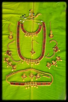 Are you looking for bridal jewellery on rent online? Get south Indian bridal jewellery sets for rent at TBG Bridal Store and look like a queen on your wedding day. South Indian Bridal Jewellery, Bridal Stores, Queen, On Your Wedding Day, Stone Jewelry, Holding Hands, Purple, Hand In Hand, Show Queen