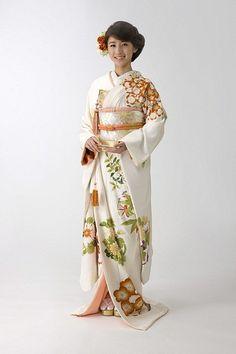 Hiki-hulisode: Japanese wedding kimono