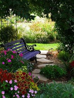Garden bench - so beautiful and inviting!