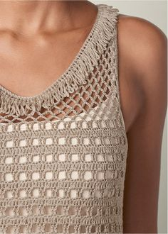 Shop Crochet Fringe Sweater from VENUS to keep you warm and stylish in cooler climates. Pull Crochet, Crochet Fringe, Crochet Blouse, Crochet Scarves, Crochet Clothes, Crochet Lace, Crochet Stitches, Crochet Bikini, Knitting Patterns