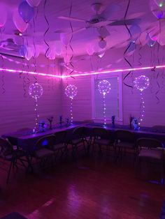Sweet 16 Party Themes, 18th Birthday Party Themes, Sweet 16 Party Decorations, 16th Birthday Decorations, Neon Birthday Parties, Cool Party Themes, Cool Party Ideas, Bday Party Ideas, Party Decoration Ideas