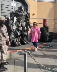 This is incredible! 😮,Funny, Funny Categories Fuunyy This is incredible! 😮 Source by inspireupliftdotcom. Funny Video Memes, Funny Jokes, Hilarious, Super Funny, Funny Cute, Beste Gif, Transformers Funny, Funny Clips, Funny People