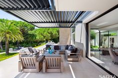 modern home-outdoor lounge