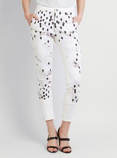Couverture and The Garbstore - Womens - Rachel Comey - Capital Trousers Rachel Comey, Capri Pants, Trousers, My Style, Objects, How To Wear, Shopping, Women, Fashion