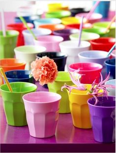 Great colours - cups ready to be filled with a tropical Summer punch?
