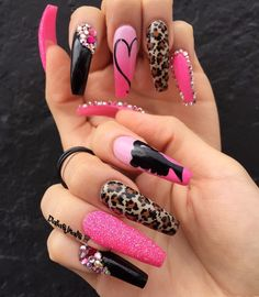 Best Acrylic Nails Part 17 Funky Nails, Crazy Nails, Glam Nails, Bling Nails, Nail Swag, Graffiti Nails, Nagel Bling, Nagellack Trends, Fire Nails