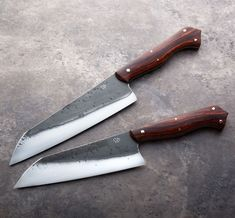 """Cocobolo Couples """"Heart"""" Chef Knife Set forged-to-shape by Don Carlos Andrade. Chef Knife Set, Knife Sets, Best Pocket Knife, Pocket Knives, Butterfly Knife, Collectible Knives, Knives And Swords, Survival Knife, Knife Making"""