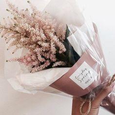 Pretty flowers to beautiful ladies  HAPPY FRIDAY