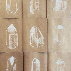 Working on a series of hand drawn cards ✌🏼💎💌 • #crystals #crystaldrawings #brisbaneartist #crystalart #pencildrawing #crystaldrawing #etsy #kraftcard #greetingcards #cards #handdrawncards #crystalpower #earthenergy