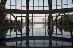 http://www.larimarhotel.at/wellness-urlaub-stegersbach.html  Entspannen Sie in der vielfältigen Therme des 4 Sterne Superior Hotel Larimar in Stegersbach.