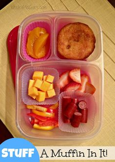 Keeley McGuire: Lunch Made Easy: 20 Non-Sandwich School Lunch Ideas for Kids! It's gluten free and actually looks like something both of us would eat. Kids Packed Lunch, Kids Lunch For School, School Lunches, Kid Lunches, Girls School, Summer School, School Days, School Stuff, Non Sandwich Lunches
