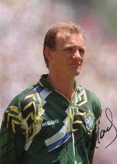 Claudio A. Mergen Taffarel - Brasil, en los años 90 fue el portero que inicio una gran camada de arqueros brasileños que emigraron a Europa, Claudio jugo con el Parma AC de Italia