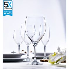 Buy a set of 6 Elytium Gold Rodio Tempered Wine Glasses online from Kitchen Junky - South Africa. tougher than regular glasses. Wine Glasses Online, White Wine, South Africa, Alcoholic Drinks, Winter, Kitchen, Gold, Winter Time, Cooking