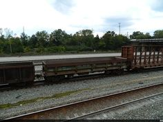 SOU 991981 (DIFFCO SIDE DUMP)   Description:    Photo Date:  10/7/2013  Location:  Chattanooga, TN   Author:  Robert Pickford  Categories:  RollingStock,Action