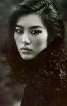 Thai facial characteristics