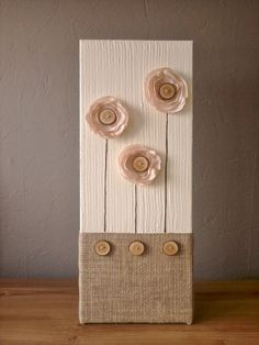 IDEA ~ DECORATION ART: Wooden buttons jute pink flowers // burlap acrylic home deco flower painting