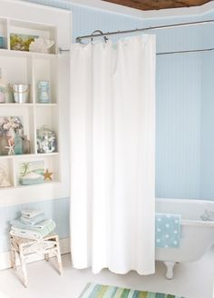 Love shelving display & wall color