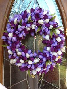 Gorgeous purple  white tulip Spring wreath****FOLLOW OUR UNIQUE GARDENING BOARDS AT www.pinterest.com/earthwormtec*****FOLLOW us on www.facebook.com/earthwormtec  www.google.com/+earthwormtechnologies for great organic gardening tips #tulips #spring #wreath