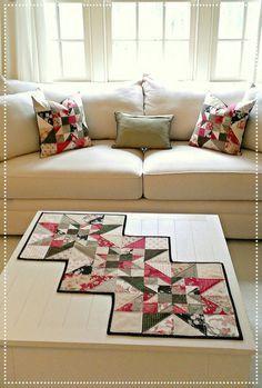 Spring Table Runner Quilt Pattern PDF Star por MapleCottageDesigns