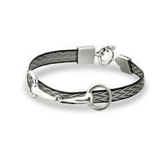 Bracelet Mistral - Custom Horse Hair Jewellery - Lifestyle