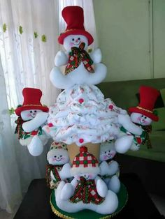 Christmas Themes, Christmas Crafts, Christmas Decorations, Xmas, Christmas Ornaments, Holiday Decor, Snowman, Santa, Dolls