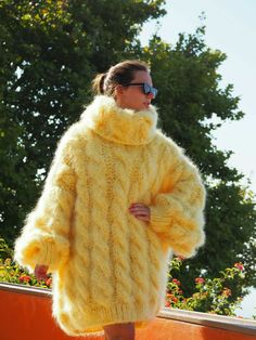 Marled Sweater, Mohair Sweater, Beige Sweater, Yellow Sweater, Thick Sweaters, Wool Sweaters, Hooded Poncho, White Turtleneck, Mohair Yarn