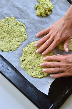 zucchini soft tortilla- gluten-free, grain-free (vegan if you substitute the egg for flax seeds) Detox Recipes, Gluten Free Recipes, Low Carb Recipes, Vegetarian Recipes, Snack Recipes, Cooking Recipes, Chocolate Chip Cookies, Brownie Cookies, Zucchini Tortilla