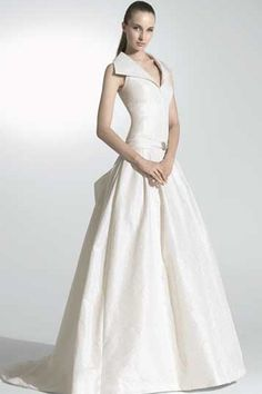Simple Style Ivory Lapel Neckline A-line Wedding Apparel with Ruched Waistline