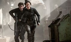 NEW stills of Jennifer Lawrence as Katniss Everdeen in Mockingjay!
