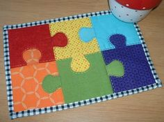 Jigsaw Mug Rug. No puzzle here - quick and easy.  This is also a lovely block for a bigger project such as a table runner or cot quilt.