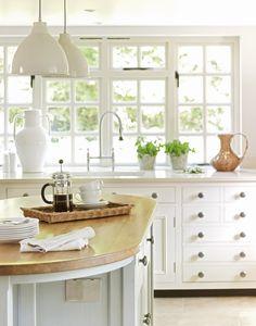 Chalon Kitchen like the drawers next to sink, looks like furniture Beautiful Kitchen Designs, New Kitchen Designs, Beautiful Kitchens, Cool Kitchens, White Kitchens, Kitchen Sale, Kitchen Redo, Home Decor Kitchen, Kitchen Remodel