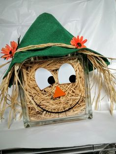 22 Easy Fall Block Craft Design Ideas From Glass - Dlingoo Decorative Glass Blocks, Lighted Glass Blocks, Thanksgiving Crafts, Fall Crafts, Holiday Crafts, Manualidades Halloween, Adornos Halloween, Fall Halloween, Halloween Crafts