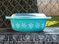 Vintage Pyrex Turquoise Snowflake 043 Casserole w Lid Aqua Blue Mid Century - Pyrex Vintage Pyrex, Aqua Blue, Casserole, Snowflakes, 1950s, Shelf, Mid Century, Turquoise, Mom