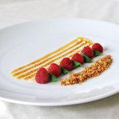 freshly picked local wisconsin raspberries | homegrown mint leaves | meringue | oat and nut crumble by plantbasedartist