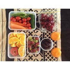 ✨food for work today {cherry tomatoes, snow peas, three carrots, cucumber • four oranges, apple • eight medjool dates • two mandarins • grapes} ✨ #vegan #Padgram