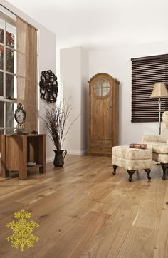 Grand Oak Timber Flooring: European Oak House Show Types Of Hardwood Floors, Types Of Flooring, Timber Flooring, Flooring Options, Post Bank, Oak Color, Floor Colors, Wide Plank, Solid Oak