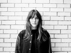 How to Dress Like French Canadian Pop Star Charlotte Cardin Beautiful Images, Beautiful Women, Canadian Girls, French Actress, French Girls, Just Girl Things, Pretty People, Her Style, Portrait Photography