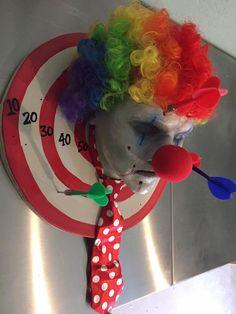 dart clown