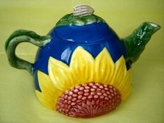 Teapot with Sunflower