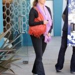 http://fitceleb.com/elizabeth-berkley-keeps-her-baby-bump-healthy-eating-real-food-daily/