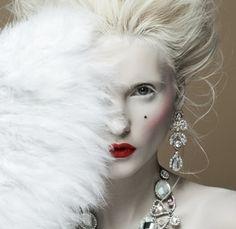 Baroque make up 1700 Marie Antoinette Snow Queen, Ice Queen, Marie Antoinette, Foto Fashion, Fashion Shoot, High Fashion, Fashion Portfolio, Halloween Disfraces, Pop Art